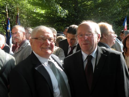 Fernand Ibanez (Co-Président de l'ANACR) et Jean-Claude Wampst (Maire de Dole)