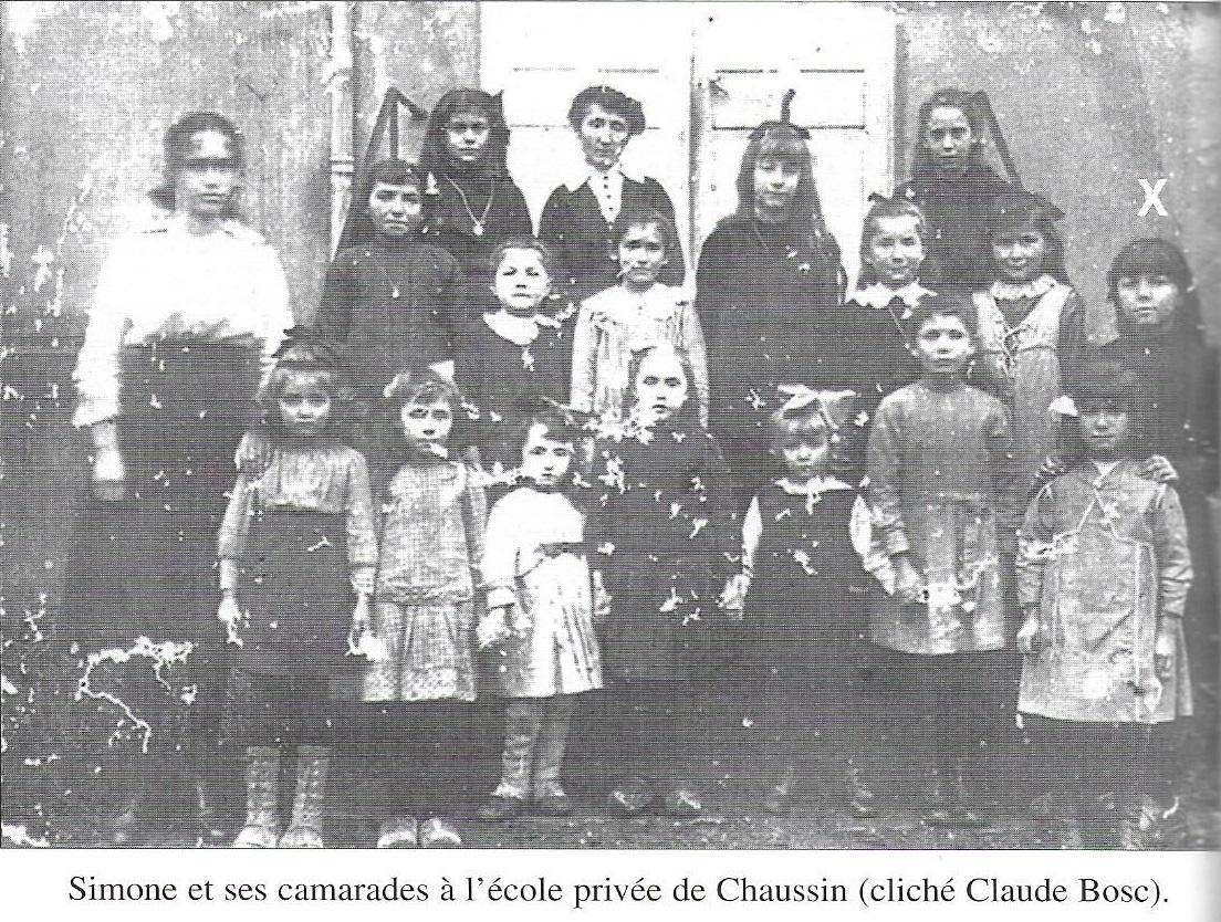 Simone Michel Lévy et ses camarades à l'école de Chaussin