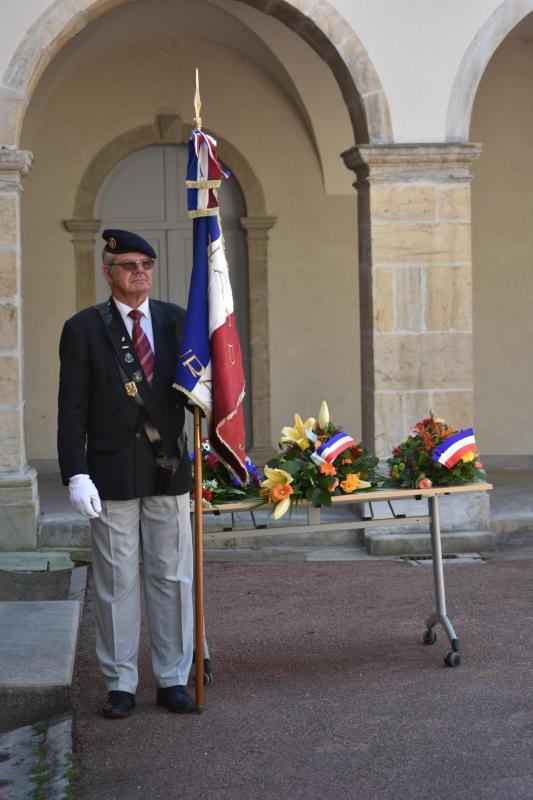 27 mai 2020 Jura - Mr  Bussière Porte-drapeaux ANACR