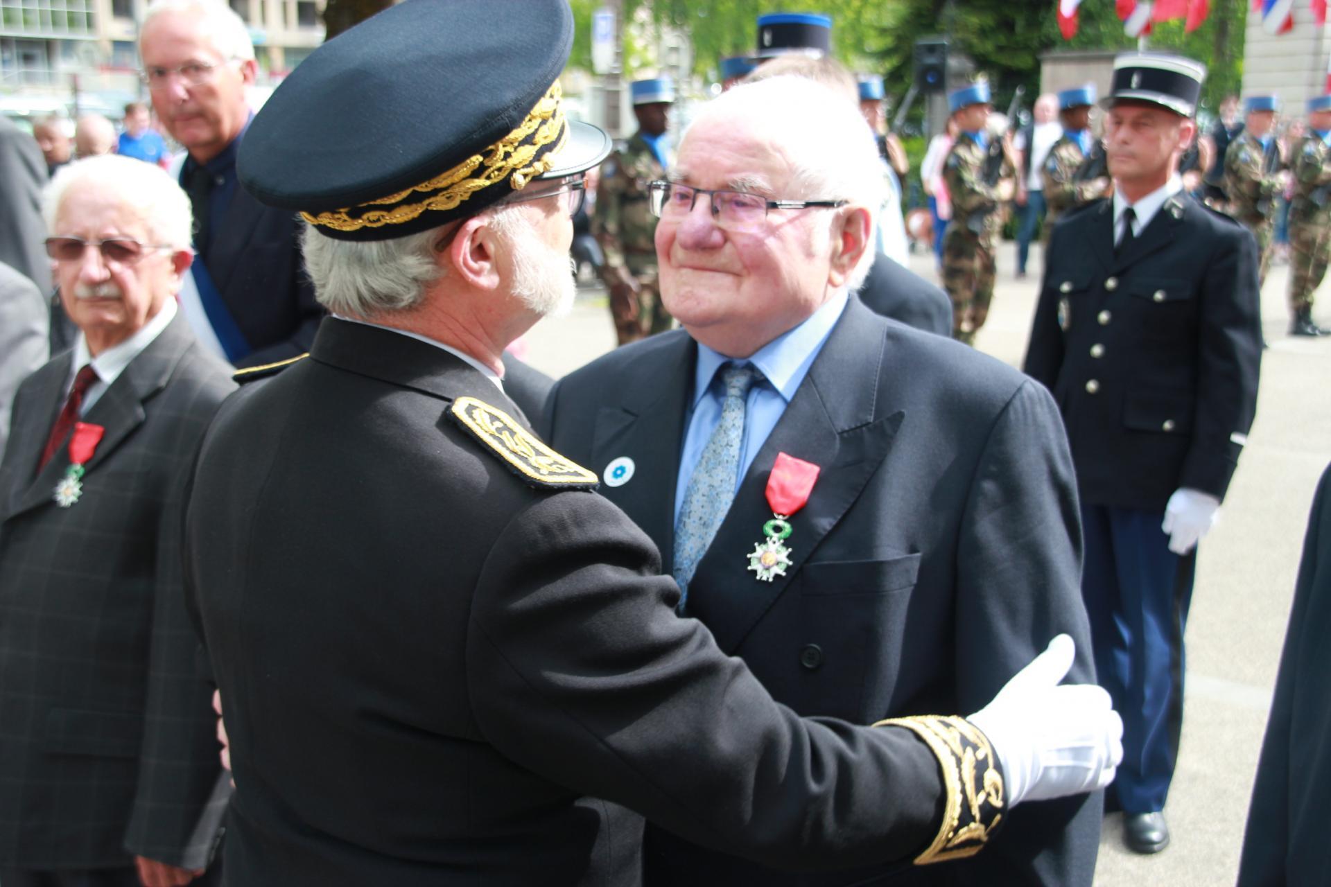 Fernand Ibanez, Résistant reçoit la Légion d'honneur